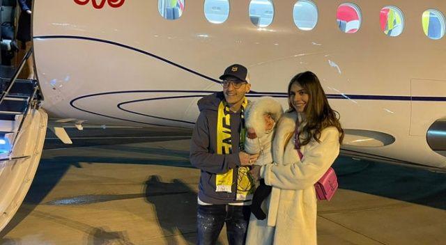 Mesut Özil uçağa bindi, sosyal medya sallandı