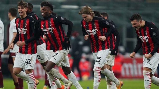 Milan İtalya Kupası'nda çeyrek finale yükseldi