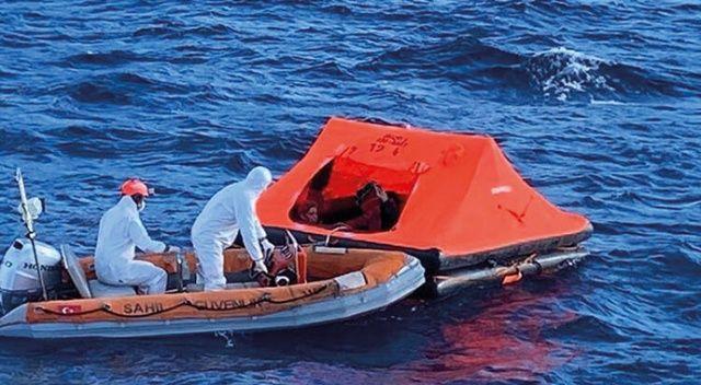Muğla'da Türk kara sularına itilen 5 düzensiz göçmen kurtarıldı