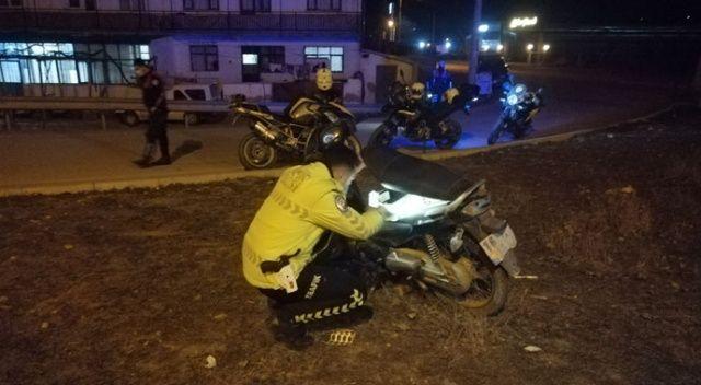 Polisin 'dur' ihtarına uymadı, kaza yaptı