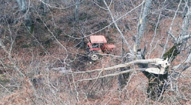 Samsun'da traktör uçuruma yuvarlandı: 1'i ağır 4 yaralı