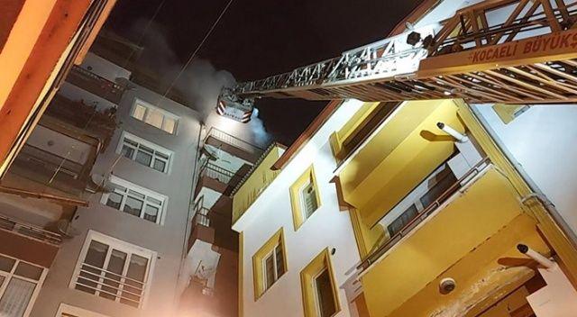 Yabancı uyruklu 3 arkadaşın yaşadığı ev yandı