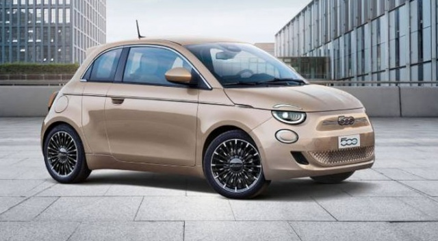 Yeni Fiat 500 ödüle doymuyor