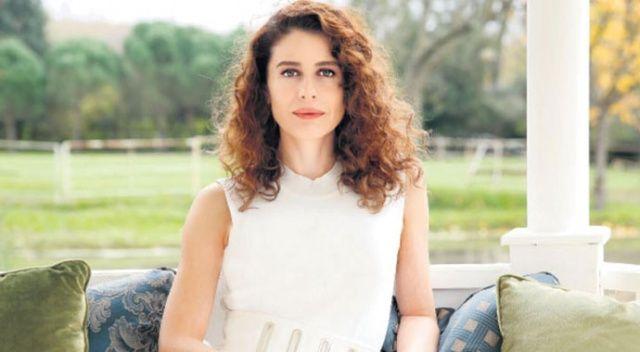 Yılın Kadın Oyuncusu Ebru Özkan seçildi