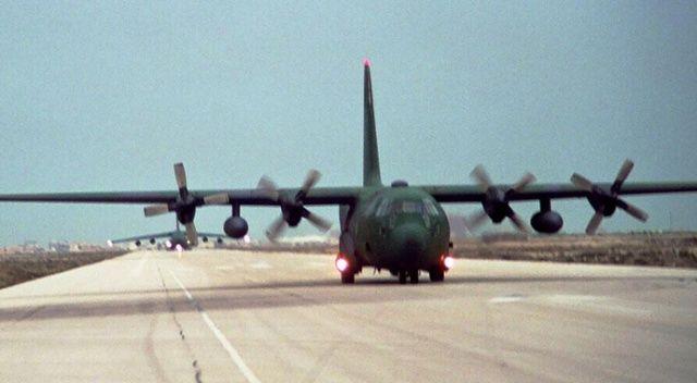ABD'de askeri uçak düştü: 2 ölü