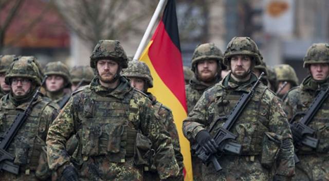 Alman ordusunda aşırı sağ vakalarında artış