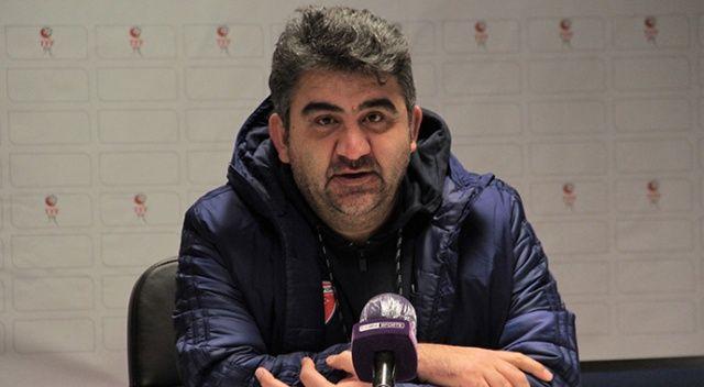 Ankaraspor Teknik Direktörü Ümit Özat: Kaleciye hızlı ol diyen bir hakemi ilk defa görüyorum