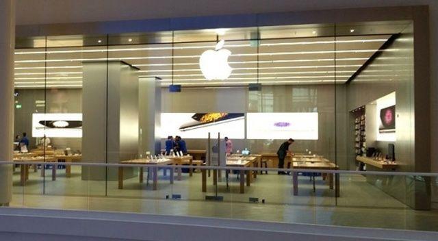 Avrupa'nın en büyük Apple Store'u İstanbul'da açılıyor