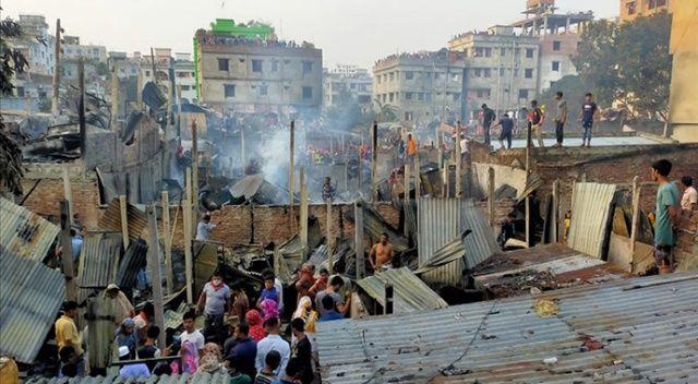 Bangladeş'te yangın: 150 gecekondu kül oldu