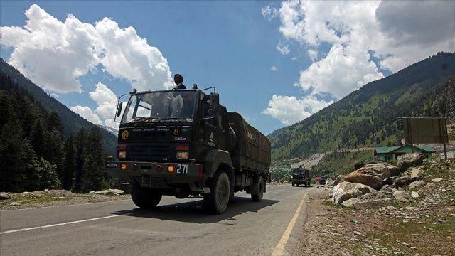 Çin ve Hint askerleri sınır ihtilafının yaşandığı bölgeden geri çekilme sürecini tamamladı