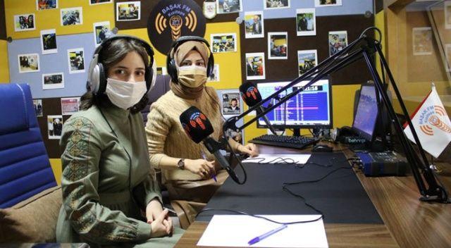 Çocuklara destek için radyodan ders anlatıyorlar