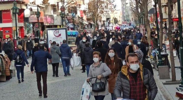 Eskişehir'de caddelerinde endişe veren yoğunluk
