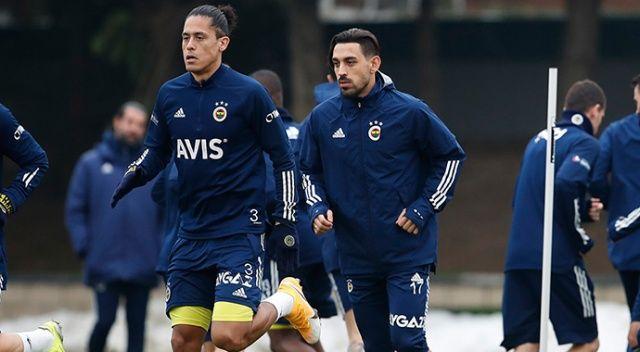Fenerbahçe'nin yeni transferi İrfan Can Kahveci takımla çalıştı