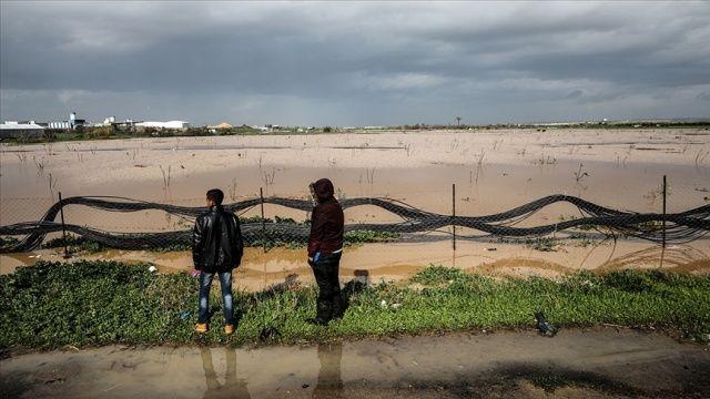 Gazze'de İsrail'in sular altında bıraktığı tarım alanlarında oluşan zarar 1,5 milyon dolar