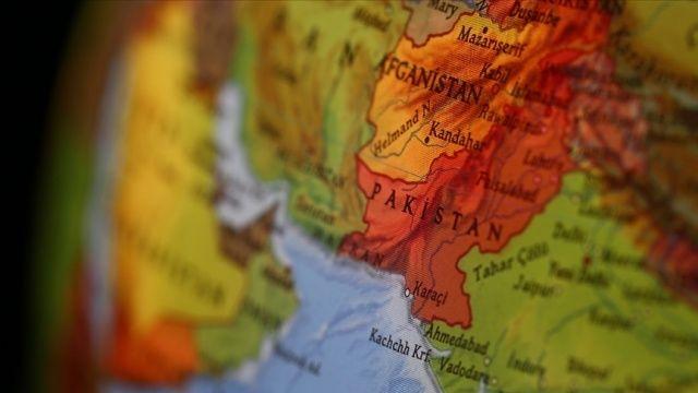 İran'ın Pakistan sınırında gösteri yapan kaçakçılara yönelik müdahale: 10 kişi öldü, 5 kişi yaralandı