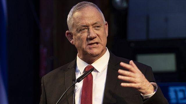 İsrail Savunma Bakanı ülkesine ait gemiyi hedef alan patlamanın arkasında İran'ın olabileceğini savundu