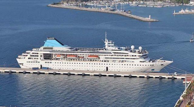 Kuşadası, yaz sezonunda dev gemilerle 200 bin turist hedefliyor