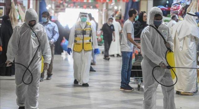 Kuveyt'te Kovid-19 nedeniyle yabancıların ülkeye giriş yasağı ikinci bir emre kadar uzatıldı
