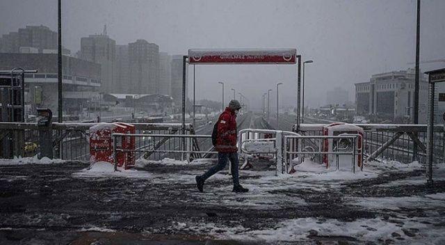 İstanbul'da kar yağışı ne kadar sürecek? Meteoroloji açıkladı (15 Şubat 2021 hava durumu)