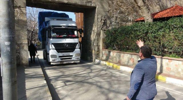 Navigasyona inandı, Sinop Kalesi'ne takıldı