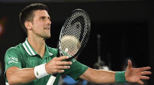 Novak Djokovic, Avustralya Açık'ta yarı finalde