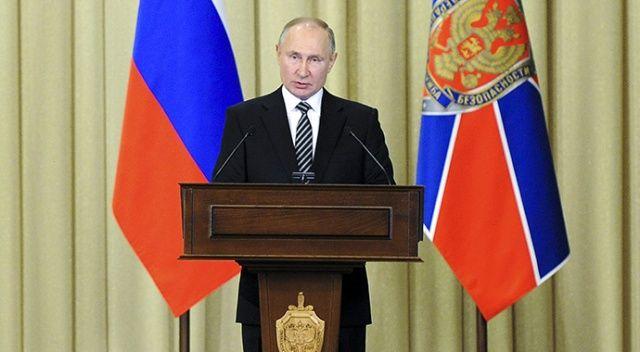 Putin, askerlerce istifası istenen Ermenistan Başbakanı Paşinyan ile görüştü