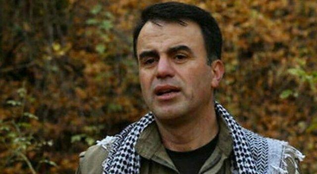 Selahattin Demirtaş'ın terörist kardeşinin kitabı İBB'ye ait kitapçıda satışta