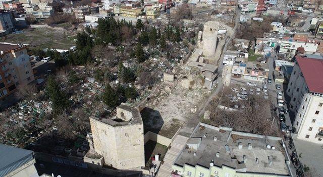 Sultan 1. Kılıçarslan'ın mezarını bulan akademisyenler Harzemşah'ın kabrinin izini sürecek