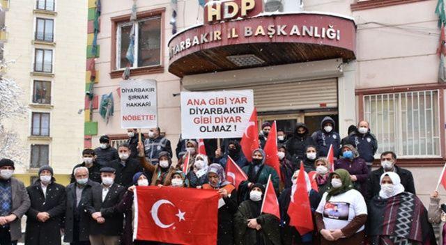 Terör bağı ve desteği HDP'yi eritiyor