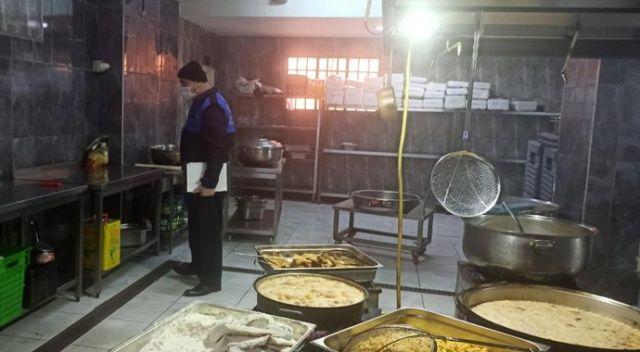 Tuzla'da son kullanım tarihi geçmiş 70 kilo tavuk eti ele geçirildi