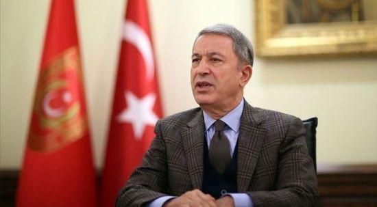 Hulusi Akar, 'topraklarını kurtarma' sözünü tutan Azerbaycanlı şehit subayın ailesine mektup gönderdi