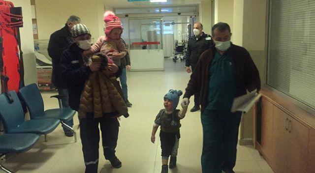 3 yaşındaki ikizler, su yerine tiner içince hastanelik oldu