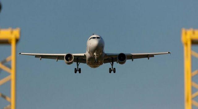 ABD'de yolcu uçağı motor arızası nedeniyle acil iniş yaptı