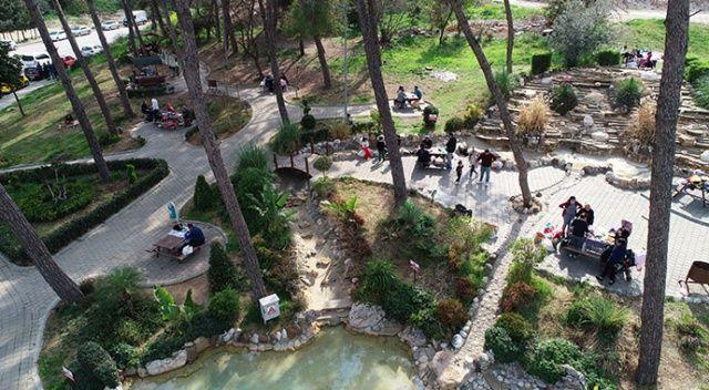 Adana'da piknik alanları doldu taştı