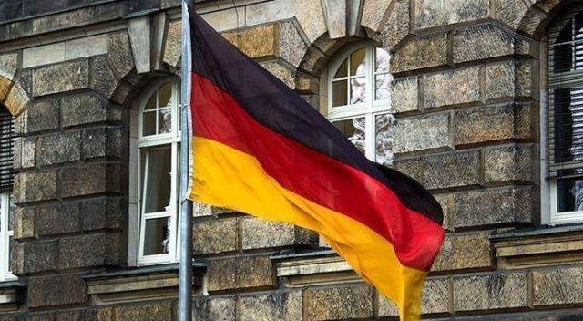 Almanya kontrollü açılışa karar verdi