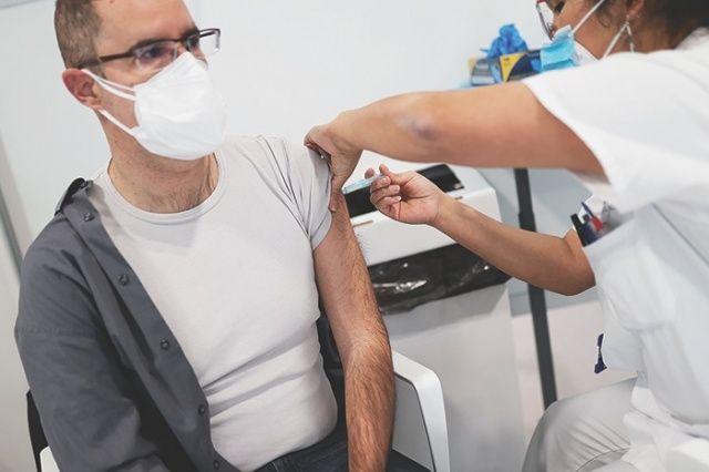 Aşı olana üç ay karantina yok