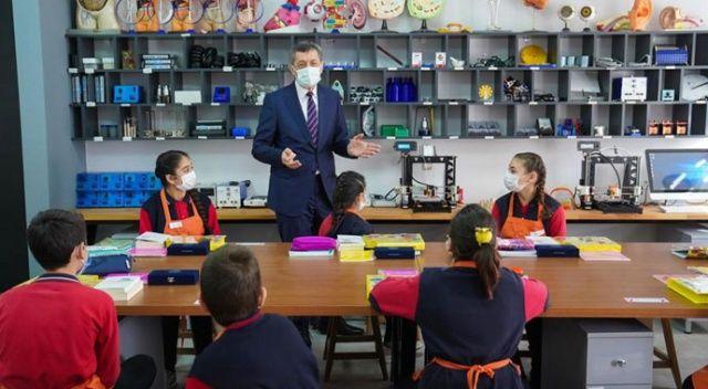 Bakan Selçuk: Yüz yüze eğitim vazgeçilmezimiz