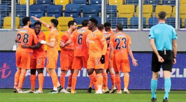 Başakşehir'de 10 maçlık galibiyet hasreti son buldu