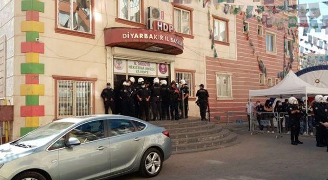 Diyarbakır'da HDP'li yöneticilerin yargılandığı davada tahliye kararı