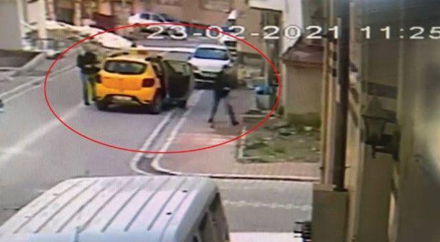 Esenyurt'ta taksiciyi gasp eden zanlı kamerada