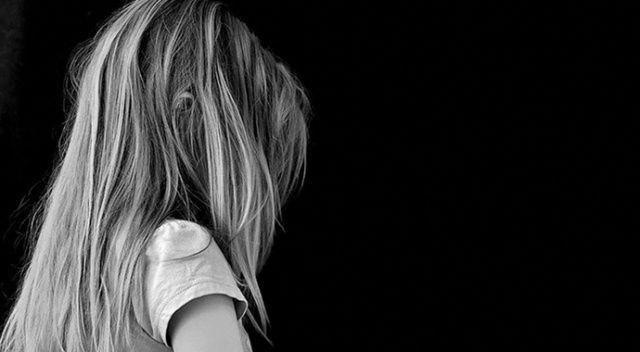 Fransa'da 1950'den bu yana en az 10 bin çocuğun kiliselerde cinsel istismara maruz kaldığı açıklandı