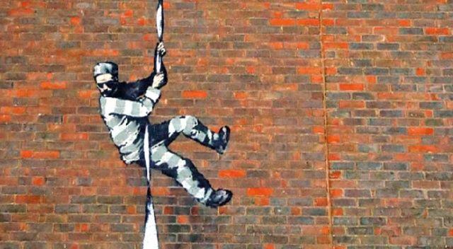 Hapishane duvarındaki Banksy mi?