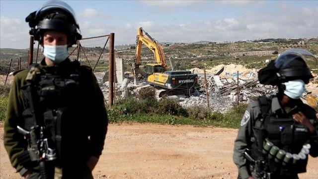 İsrail güçleri Batı Şeria'da Filistinlilere ait bir evi yıktı