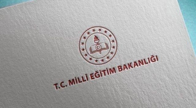İzmir'de başörtülü öğrenciyi okula almadığı iddia edilen ilkokul yöneticisi ve öğretmen açığa alındı