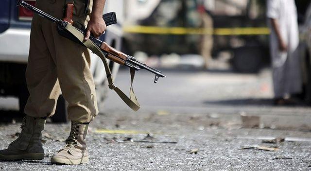 Pakistan'da bombalı saldırı: 5 ölü, 2 yaralı