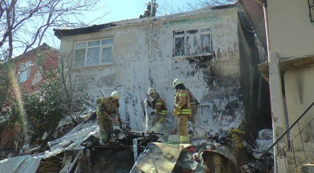 Pendik'te çıkan yangın paniğe neden oldu