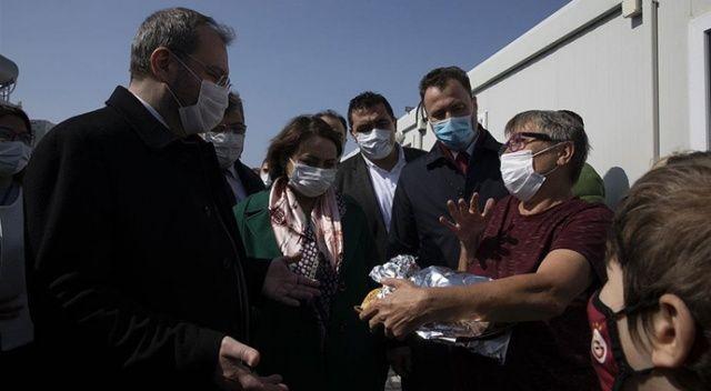 TBMM Komisyonu üyeleri İzmir'de depremzedelerle buluştu
