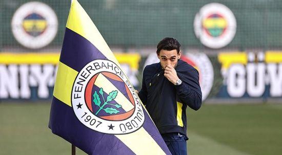 Fenerbahçe'nin yeni transferi İrfan Can Kahveci ilk defa maç kadrosuna girdi