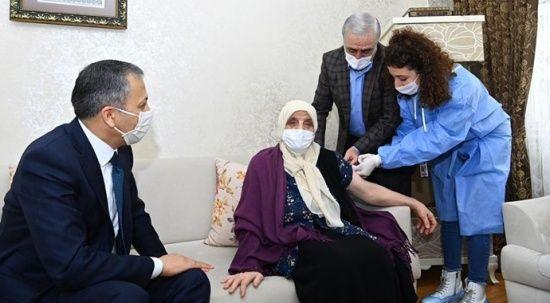 İstanbul Valisi Ali Yerlikaya'dan aşı çağrısı