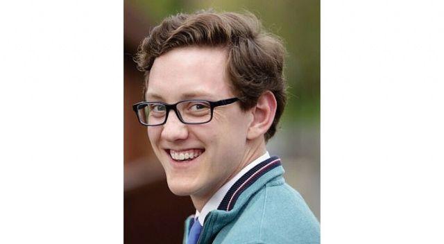 21 yaşındaki tıp öğrencisi, Johnson & Johnson aşısı olduktan bir gün sonra öldü